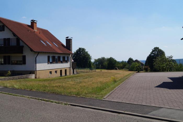Blick auf den Bauplatz in südwestliche Richtung