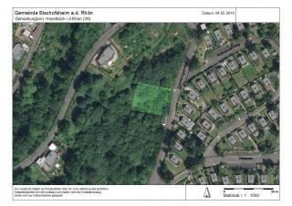 Lageplan mit eingezeichnetem Grundstück
